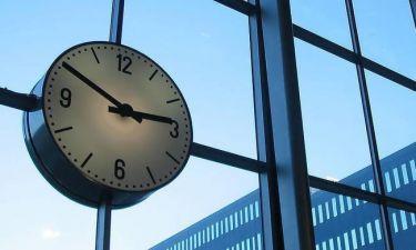 Αλαλούμ με την αλλαγή της ώρας: Τι θα γίνει τελικά