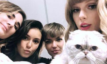 H Taylor Swift φόρεσε το πιο στυλάτο σύνολο για όλη την ημέρα