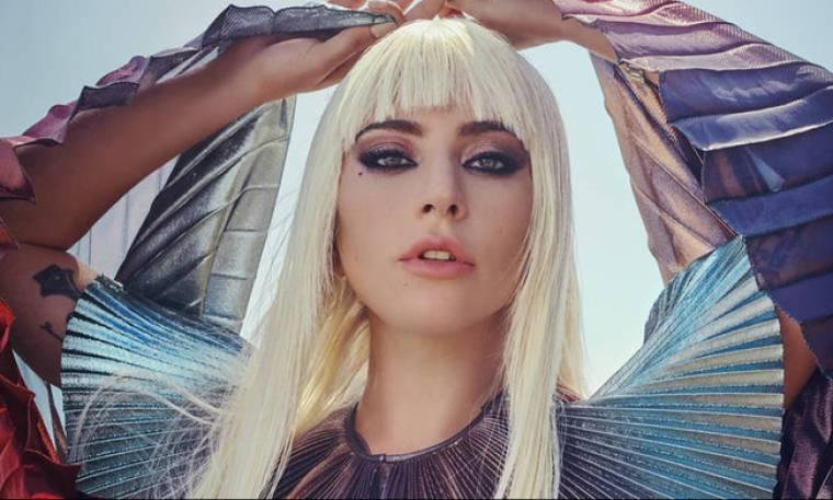 Lady Gaga: το στίγμα της δόξας & οι 800.000 αυτοκτονίες το χρόνο