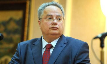 Live Blog: Παραιτήθηκε ο Νίκος Κοτζιάς - Αναλαμβάνει ο Τσίπρας