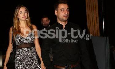 H Miss Hellas Μαρία Λεπίδα με τον συνοδό της στα μπουζούκια