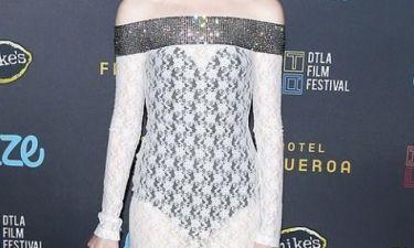 Ποια ηθοποιός φόρεσε αυτό το εκκεντρικό φόρεμα;