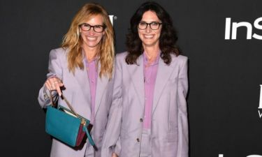 InStyle Awards: Η Julia Roberts ξέρει να κάνει το ντύσιμο διασκέδαση
