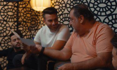 Ο Βασίλης Καρράς υπογράφει στιχουργικά το πρώτο single των Μonimas