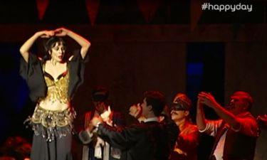 Σμαράγδα Καρύδη: Μας άφησε άφωνους το τσιφτετέλι της στην παράσταση «Οι μάγισσες της Σμύρνης»!