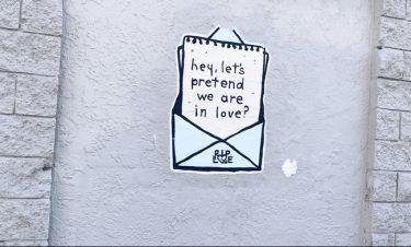 Οι Queenettes μιλούν για τον πρώτο τους έρωτα και σου εξηγούν πώς θα ξεπεράσεις την απογοήτευση