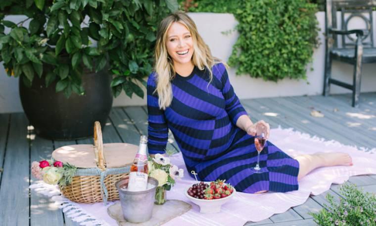 Γέννησε η Hilary Duff - Δείτε την πρώτη φωτογραφία της κόρη της