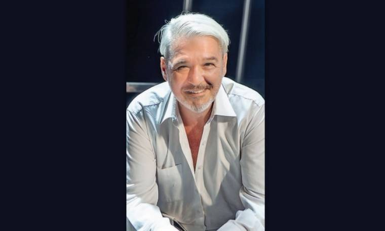 Άκις Βλουτής: «Αληθινή ελευθερία υπάρχει µόνο στο θέατρο»