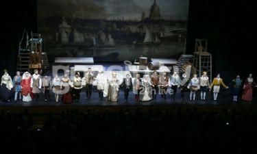 Ενθουσιασμός και χαμόγελα στην επίσημη πρεμιέρα της παράστασης «Ερωτευμένος Σαίξπηρ»