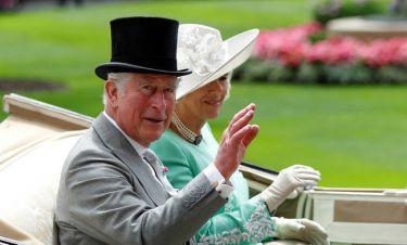 Αστείος, ευγενικός, εργασιομανής: Ο πρίγκιπας Κάρολος μέσα από τα μάτια της Καμίλα