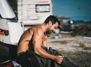 Σάκης Τανιμανίδης: Δείτε τι έπαθε λίγο πριν πέσει στη θάλασσα