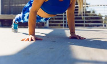 Κοιλιακοί στο σπίτι: Οι 10 top ασκήσεις