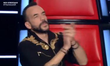 The Voice: Αυτός είναι ο τραγουδιστής που αποθέωσε ο Πάνος Μουζουράκης