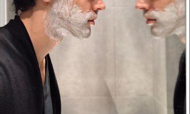 Έλληνας ηθοποιός ξυρίζεται και μας το δείχνει! (Photo)