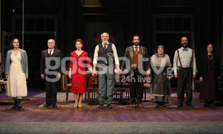 Η επίσημη πρεμιέρα του «Θείου Βάνια» στο Δημοτικό Θέατρο Πειραιά! (Photos)