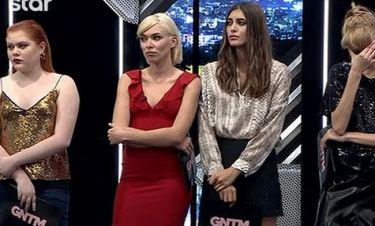 GNTM: Ξεσκεπάζει τη Μικαέλα: «Το προηγούμενο βράδυ έθαβε την Ερμίδου και στους κριτές τη στήριξε»!