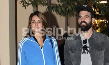 Δημήτρης Αλεξάνδρου - Μαρία Καλάβρια: Χαλαρή έξοδος με casual look για το ζευγάρι (Photos)