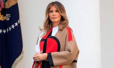 Δείτε πόσο κοστίζει το εντυπωσιακό παλτό της Μελάνια Τραμπ