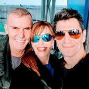 Βίκυ Χατζηβασιλείου: Δείτε ποιους συνάντησε τυχαία στο αεροδρόμιο και έβγαλε selfie μαζί τους