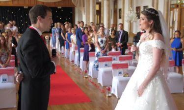 Δεν φαντάζεστε τι έκπληξη περίμενε τους καλεσμένους στον γάμο αυτού του ζευγαριού!