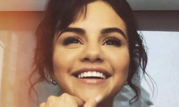 Ποιος διάσημος και σέξι ηθοποιός δηλώνει ερωτευμένος με τη Selena Gomez;