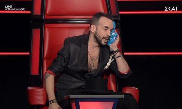The Voice: Τι έπαθε ο Μουζουράκης;