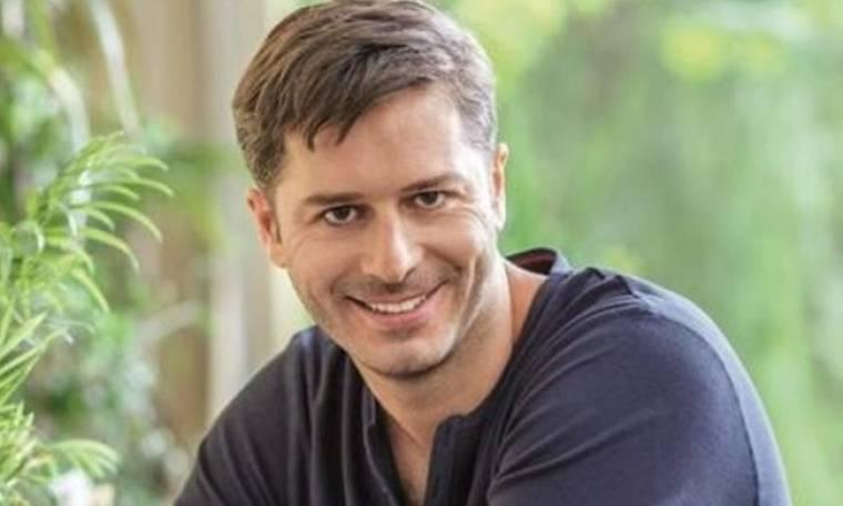 Aλέξανδρος Μπουρδούμης: «Η τηλεόραση είναι σπουδαίο σχολείο για τον ηθοποιό»