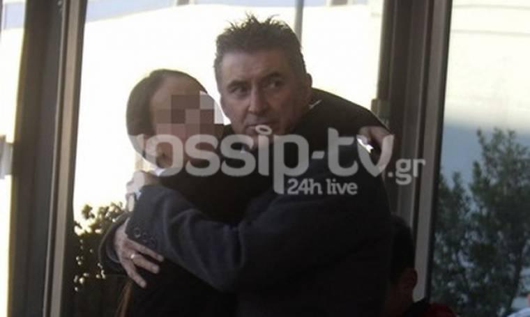 Θοδωρής Ζαγοράκης: Στο αεροδρόμιο Θεσσαλονίκης με τα παιδιά του!