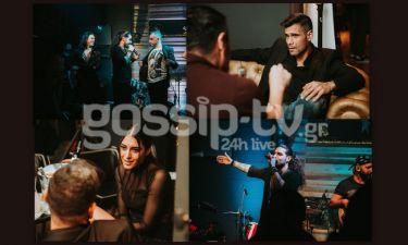Οι 1550 τραγούδησαν στα εγκαίνια café bar- Δείτε ποιοι celebrities έδωσαν το παρών (pics)