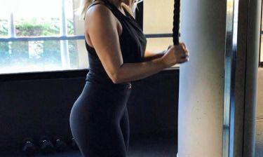 Ποια είναι η ηθοποιός που «λιώνει» στη γυμναστική;