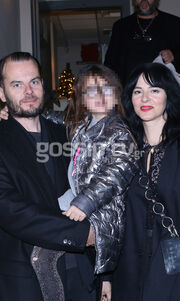 Δείτε τη Ζενεβιέβ του GNTM, όπως δεν την έχετε ξαναδεί! Σε έξοδο με τον σύζυγο και κόρη τους!