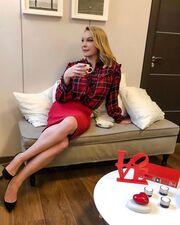Τατιάνα Στεφανίδου: Χαλαρές στιγμές για την παρουσιάστρια - Απολαμβάνει τον καφέ της στο γραφείο!