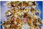 Η μαγεία των Χριστουγέννων συνάντα και φέτος τη κρυστάλλινη λάμψη Swarovski