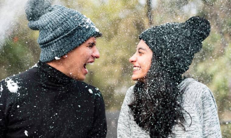 Χώρισες λίγο πριν τις γιορτές; Αυτή είναι η αστεία αιτία χωρισμού που κυκλοφορεί