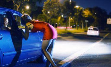 Σύλληψη 27χρονης εστεμμένης σε καλλιστεία για ερωτικά ραντεβού έναντι 500 ευρώ