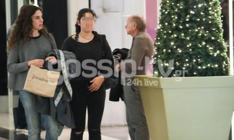 Ελίνα Ακριτίδου: Βόλτα και ψώνια με την κόρη της!