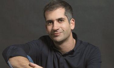 Κώστας Μπακογιάννης: «Με τα παιδιά  δεν είμαστε μόνο γονείς, αλλά και παρεάκι, φιλαράκια»