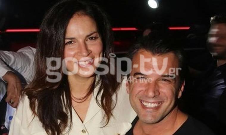 Αντώνης Βλοντάκης: Βραδινή έξοδος με γιορτινή διάθεση, με τη σύζυγό του και καλούς φίλους