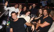 Αντώνης Βλοντάκης: Βραδινή έξοδος με τη σύζυγό του και καλούς φίλους!