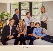 Marie Chantal: Η οικογενειακή φωτογραφία και οι ευχές