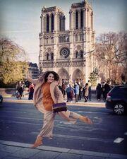 Κλέλια Πανταζή: Χριστούγεννα με τον σύζυγο της στο Παρίσι!