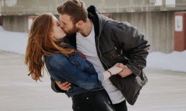 Πώς θα κάνεις το πρώτο σου φιλί αξέχαστο;