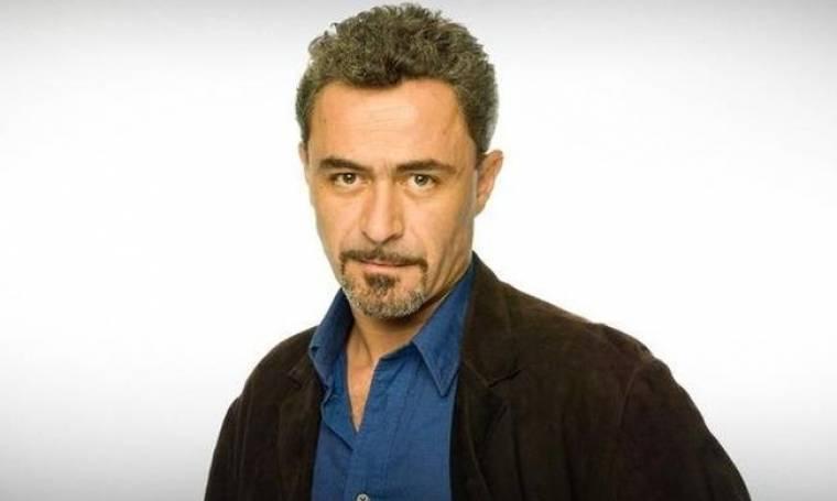 Θανάσης Κουρλαμπάς: Το θέατρο και ο λόγος που απουσιάζει από την τηλεόραση!