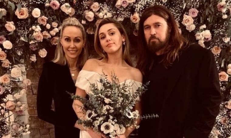Πόσο στοίχισε τελικά το νυφικό της Miley Cyrus και ποια διάσημη Ελληνίδα αντέγραψε!