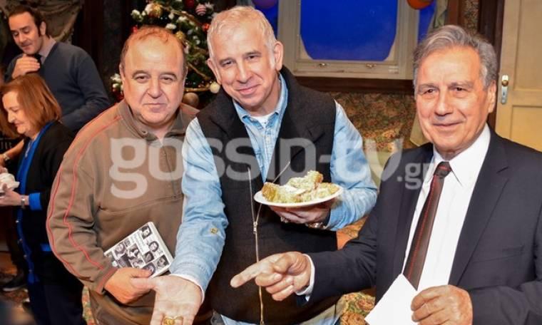 Πέτρος Φιλιππίδης - Παύλος Χαϊκάλης: Έκοψαν την πίτα τους στη σκηνή του θεάτρου!