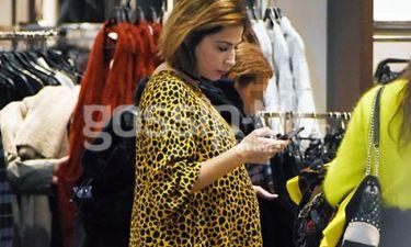 Κατερίνα Παπουτσάκη: Όσο πάει και φουσκώνει η κοιλίτσα! (pics)