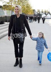 Καγιά-Κρασσάς: Η κόρη τους Μπιάνκα μαθαίνει πατινάζ! (pics)