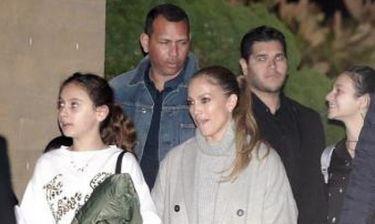Η Jennifer Lopez και ο Alex Rodriguez σε δείπνο με τα παιδιά τους