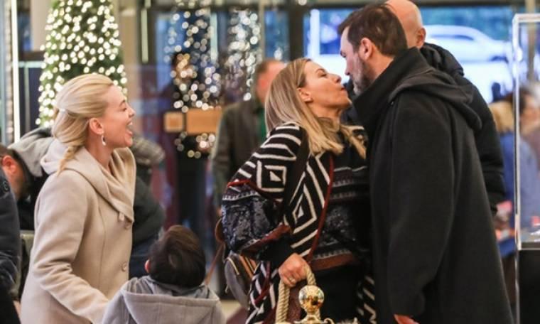 Δεν φαντάζεστε ποιους συνάντησε τυχαία η οικογένεια Καζάκου! Τα φιλιά και οι βόλτες! (pics)