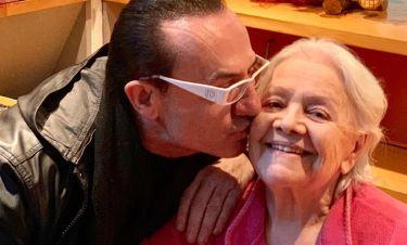 Ο Πανταζής βρέθηκε στο πλευρό της Μαίρης Λίντα στο Γηροκομείο Αθηνών! (φωτό)
